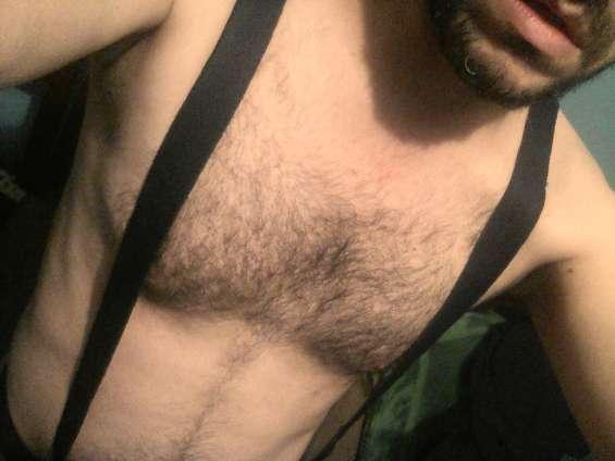 Se da depilación genital y masaje deportivo bisexual con revolcón,7285 2408.